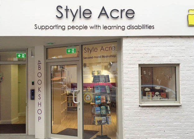 Hawkins Attends Opening Of Style Acre S New Social